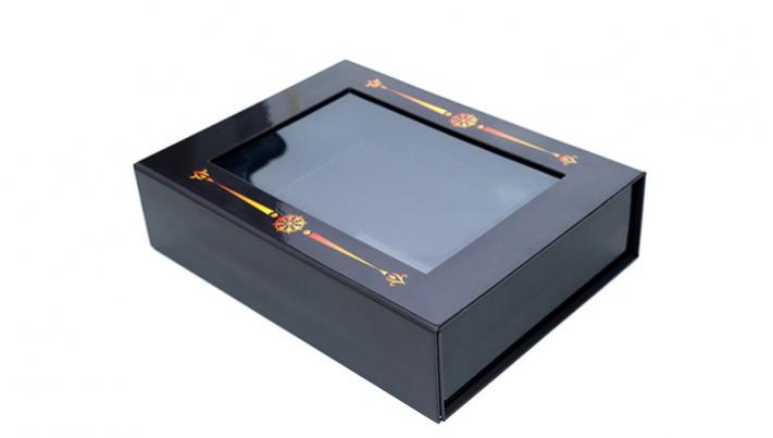 高档礼品纸盒透明pvc开窗包装盒